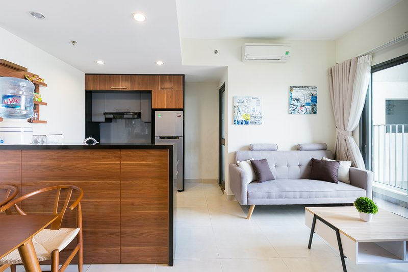 *FREE PICK UP AIRPORT* 124-Luxurious Cosy 2BR Apt, Ferienwohnung in Ho-Chi-Minh-Stadt