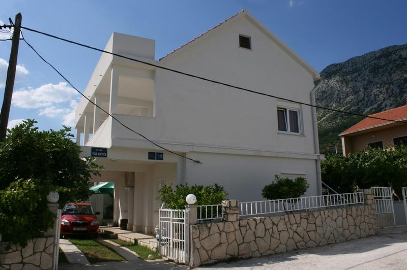 One bedroom apartment Podaca, Makarska (A-6875-b), holiday rental in Podaca