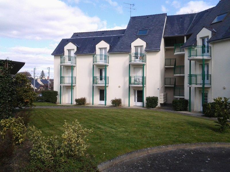 Réf 20 - Vannes centre - Joli studio au calme, holiday rental in Meucon