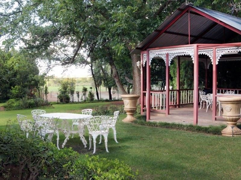 Ouplaas farm Guesthouse - Bedroom 3, holiday rental in North-West Province