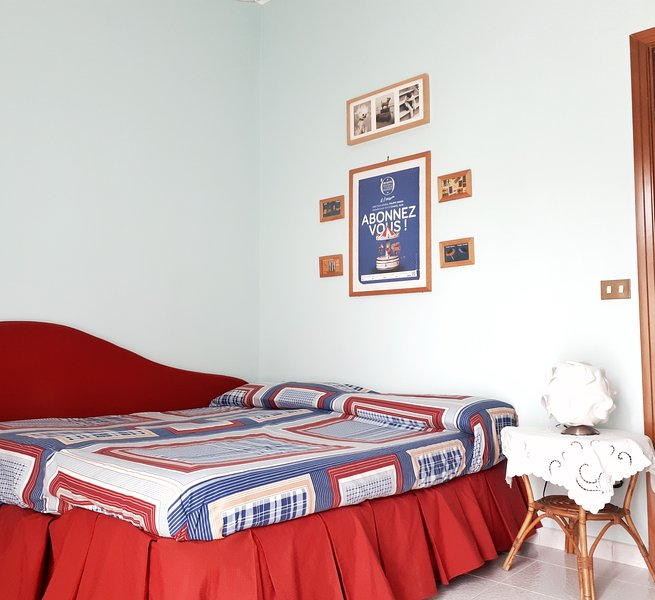 Casa Miele -Cosy double bedroom-, vacation rental in Orta di Atella