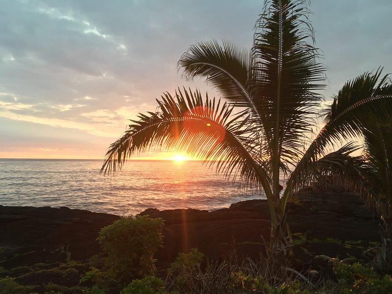 Otro glorioso amanecer en Hale Mar Hawaii
