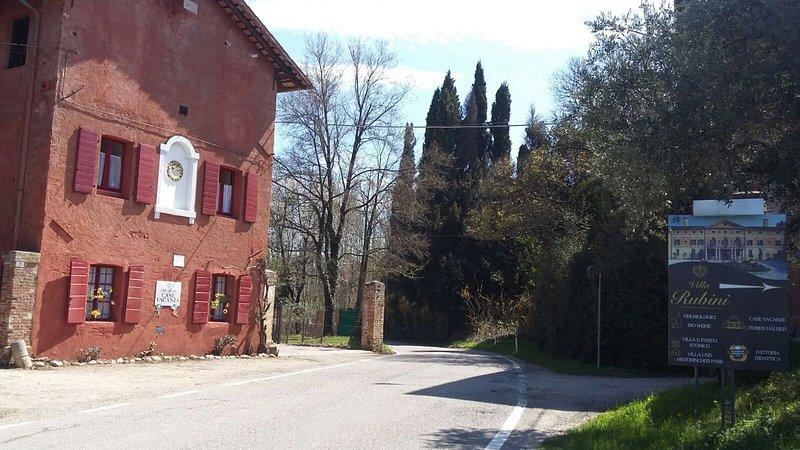 Arrivée à Villa Rubini Appartements et Société