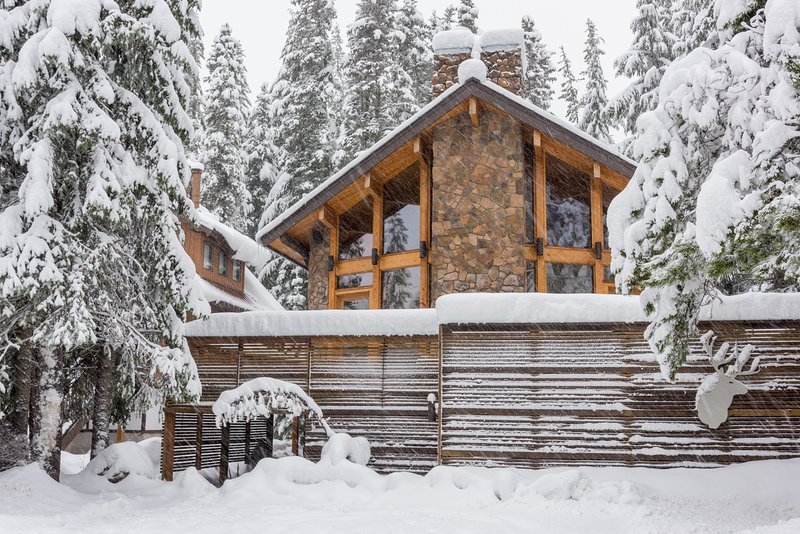 Mule Deer Cabin-Mule  Deer Cabin in Winter