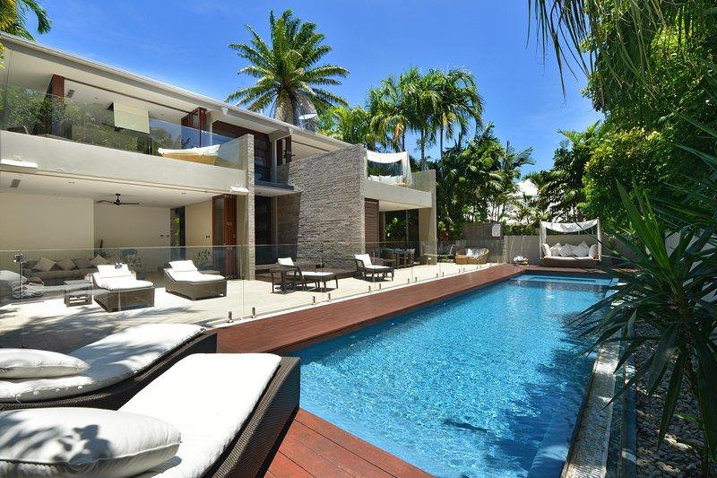 Tugela | Luxury Holiday House, vacation rental in Port Douglas