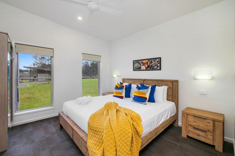 Hunter Valley Accommodation - Ironbark Villa 5 - Pokolbin - Bedroom