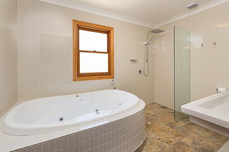 Hunter Valley Unterkunft - Alphawood - Mount View - Badezimmer