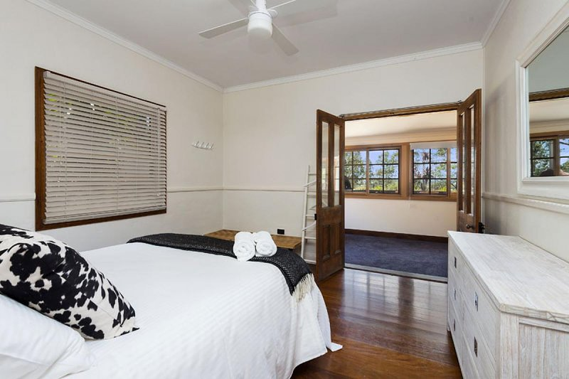 Hunter Valley Accommodation - Dalwood Country House - Bedroom
