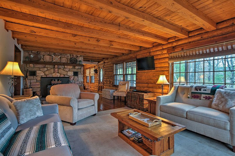 Get away from it all at this Massanutten Resort vacation rental home!