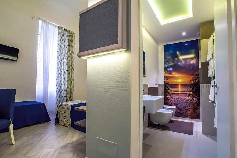 Porto Di Mare Exclusive room camera Libeccio, vacation rental in Giovinazzo