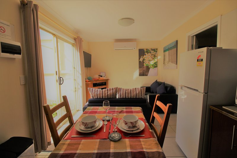 Garden Cottage Relocations/ holidays /family visit, location de vacances à Christies Beach