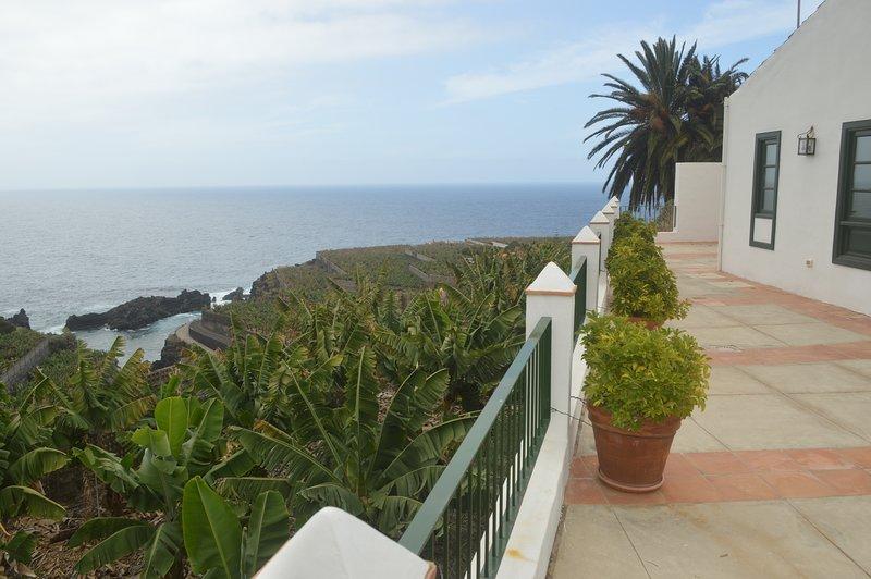 La Hacienda, Free Wifibbq, holiday rental in El Tanque