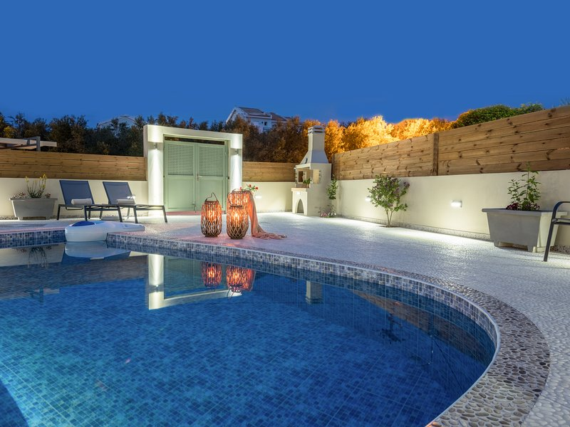 Coral Villa for 4/6 persons with 2 bedrooms and private swimming pool, Ferienwohnung in Zakynthos