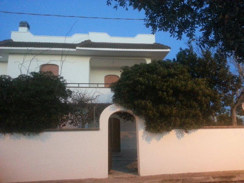 Holidays House, Villa Ada, Torre Colimena, Salento, Taranto,, Ferienwohnung in Torre Colimena