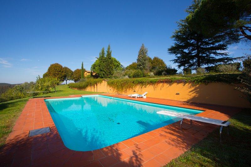 Meravigliosa villa di campagna vicino Siena, vacation rental in Trequanda