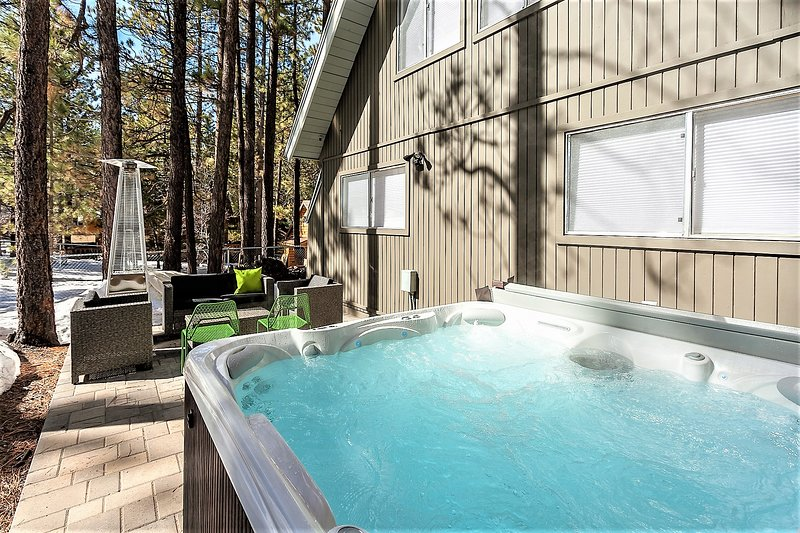SUMMIT LODGE~Mid Century+Mod Central A-Frame Home UPDATED
