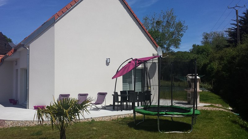 Beautiful house with garden & Wifi, holiday rental in Fierville-les-Mines