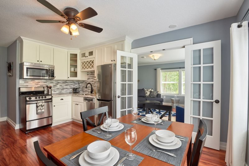 Yamhill Flats: Suite 1, holiday rental in Newberg