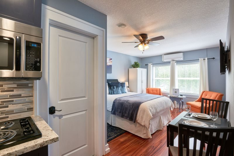 Yamhill Flats: Suite 2, holiday rental in Newberg