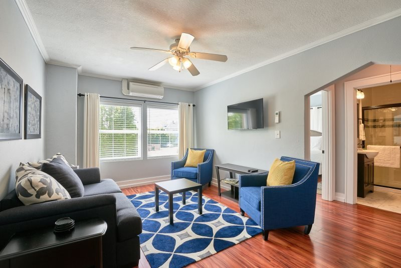 Yamhill Flats: Suite 5, holiday rental in Newberg