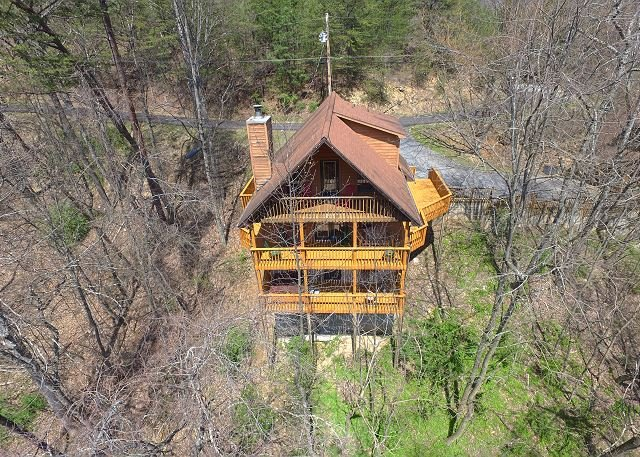 Cabin near downtown Gatlinburg in a wooded setting Bear Run Getaway 1136, location de vacances à Gatlinburg