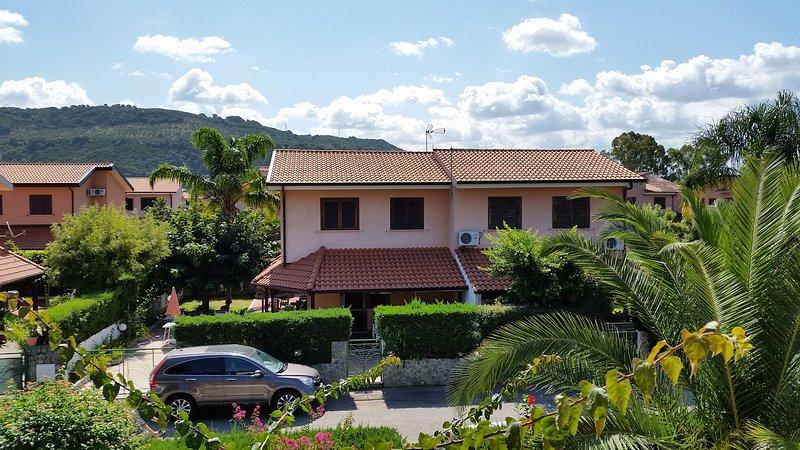 Villa Residence Porto Ada - Pizzo, Ferienwohnung in Pizzo