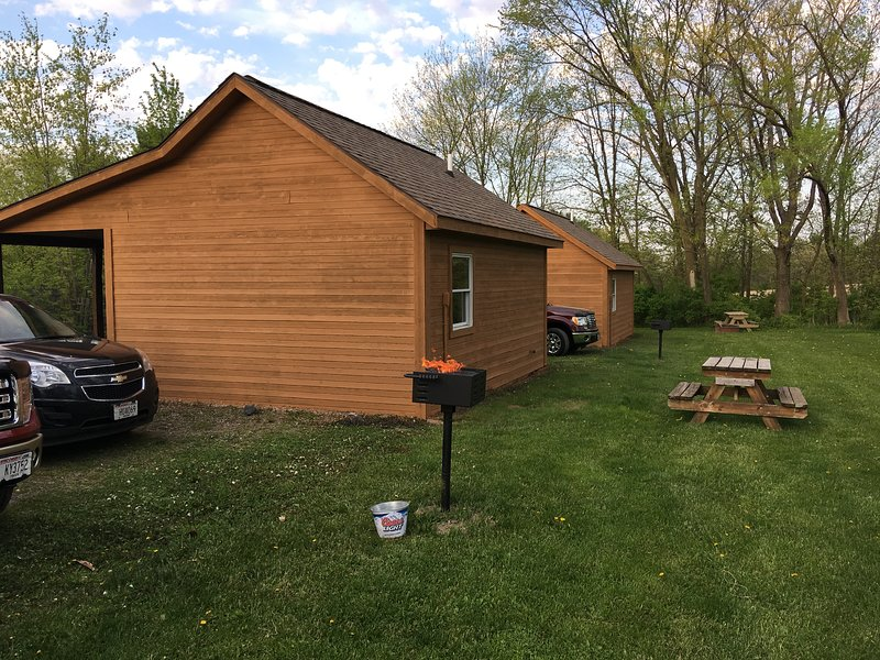 Deeg's Cabins - The Whitetail, vacation rental in Alma Center