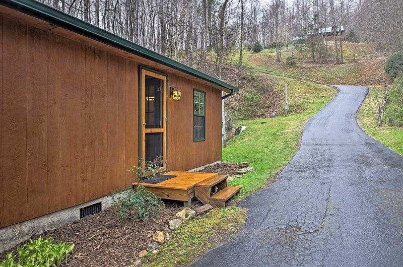 No matter the season, 'Balsam Valley Cabin' is surely one of the best!