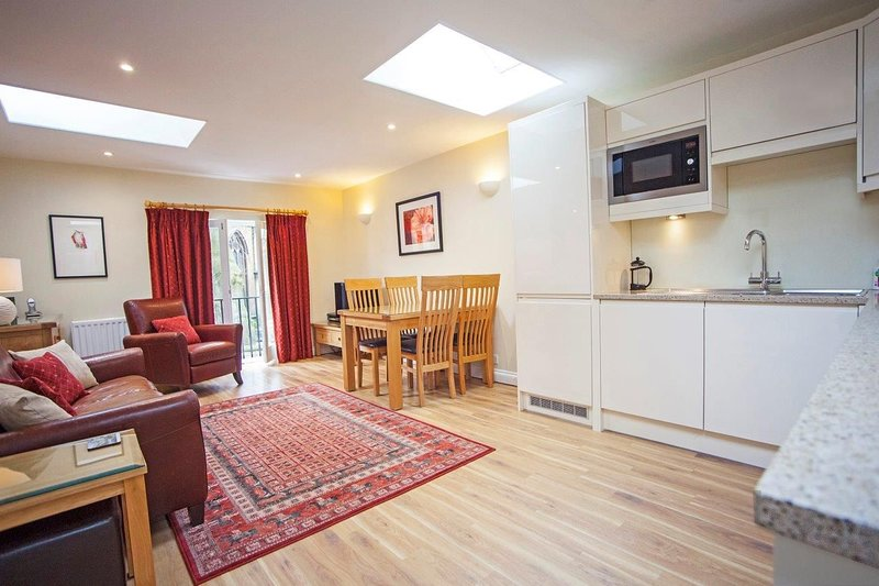 Sydney Mews, holiday rental in Bath