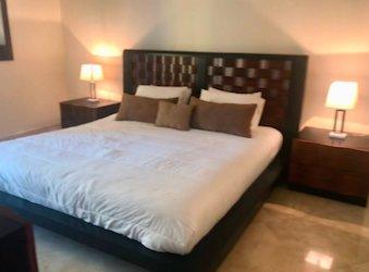 Master Bethroom King size bed