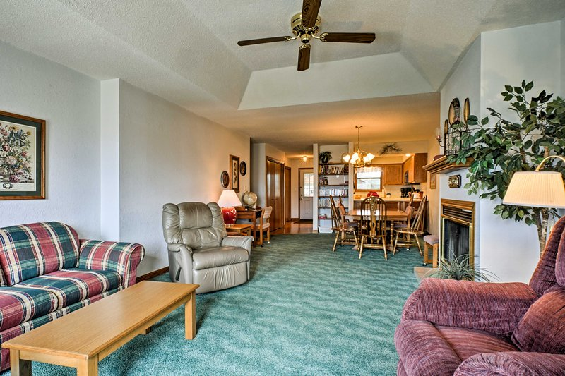 Make the most of your Branson getaway at this vacation rental townhome!