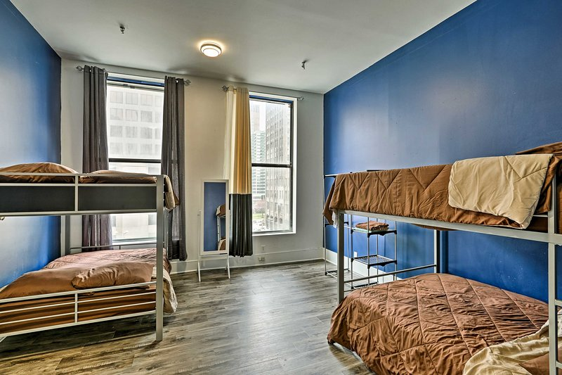 Experience St. Louis from this 4-bedroom, 2-bath vacation rental condo.