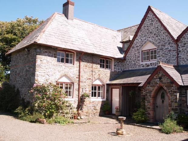 Cosy Victorian Cottage in Morwenstow, vacation rental in Morwenstow