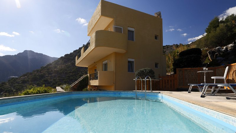 Villa Helene Elounda, location de vacances à Fourni