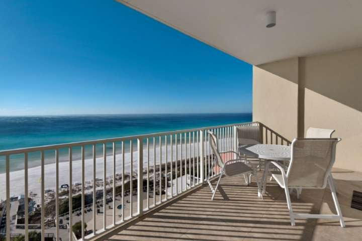Enjoy the amazing gulf views from the 10th floor balcony