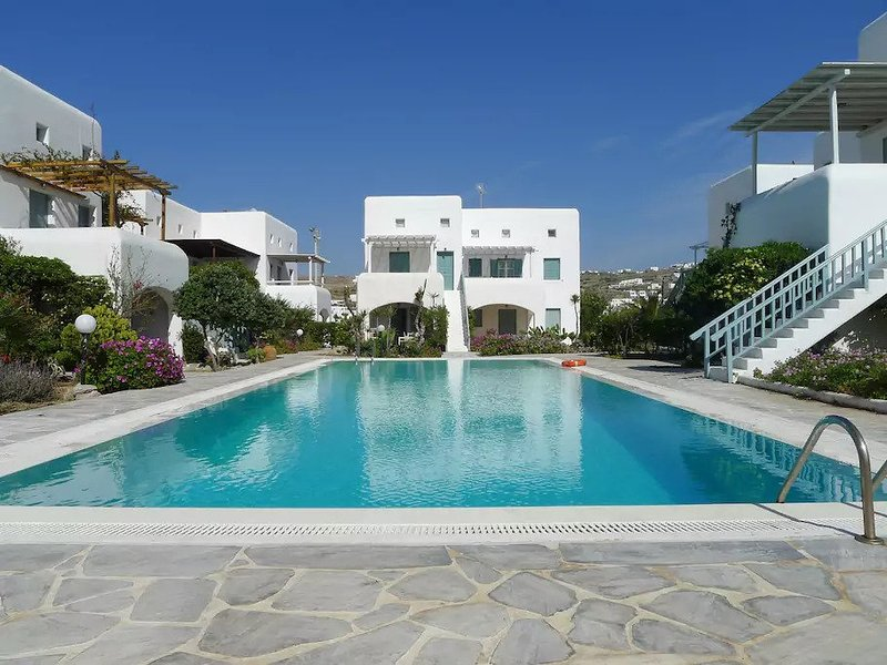 Mykonian Aroma House,3 min walk from Ornos beach, holiday rental in Ornos