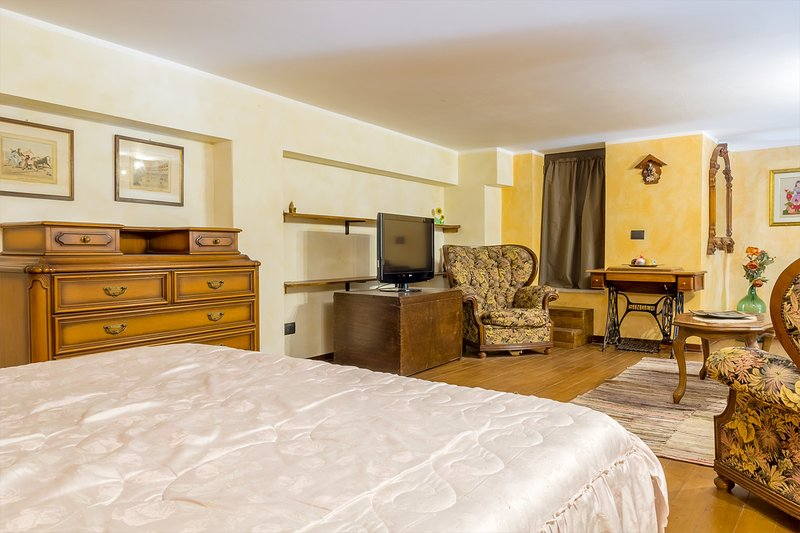 Casa Fenice -Room and Breakfast, vacation rental in San Pietro Clarenza