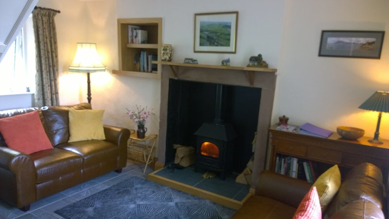 Cosy Cumbrian cottage in the Eden Valley close to the Lake District, casa vacanza a Renwick