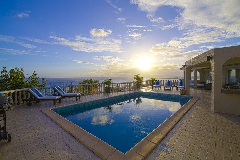 Bisou du Soleil...3BR vacation rental in Pelican Key, Dutch St. Maarten
