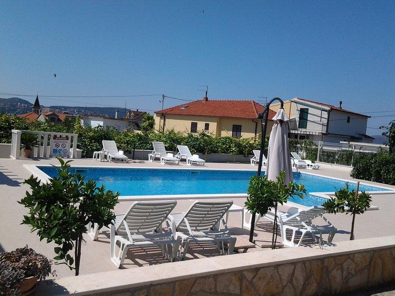 apartaments Zulim, vacation rental in Donji Seget