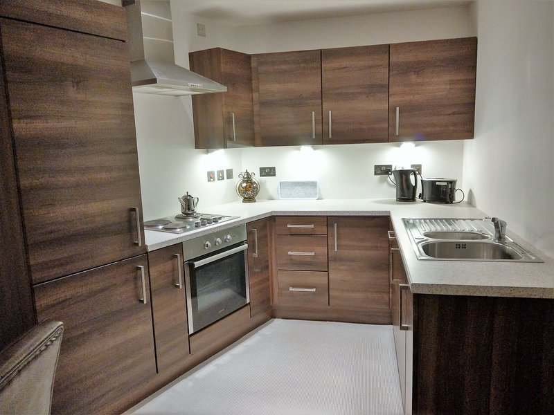 Belfast City Centre Obel Tower Apartment (5 Star), holiday rental in Belfast