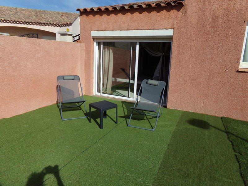 Nice villa with garden & terrace, aluguéis de temporada em Pinet