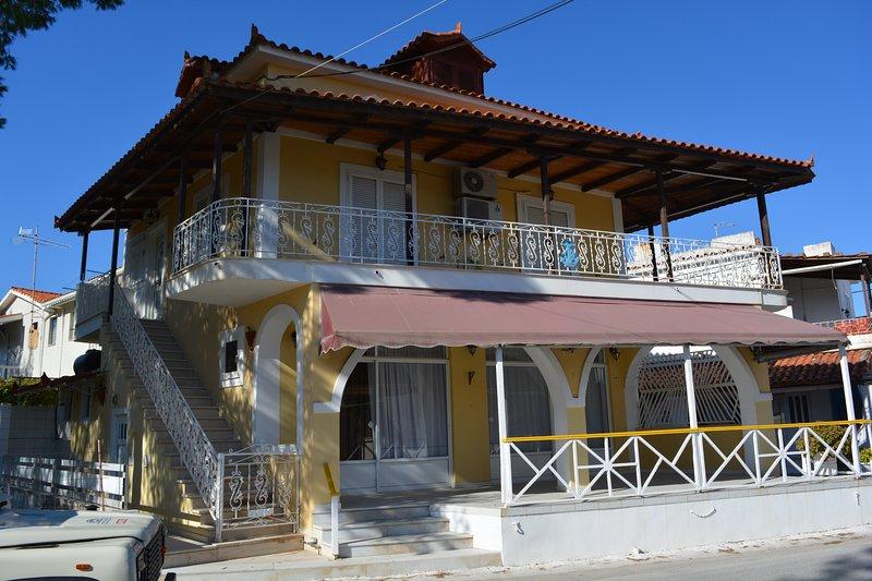 Villa Anna Holiday Apart 4-7pax, holiday rental in Alykes