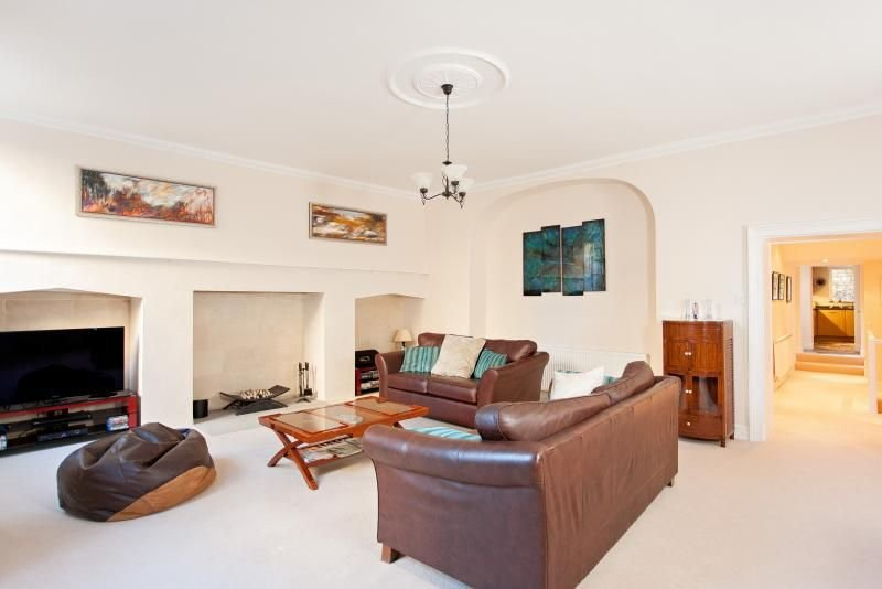Henrietta Garden Apartment, holiday rental in Bathampton