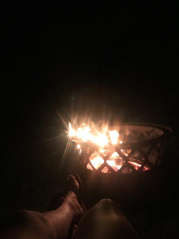 Ontspan naast het vuur