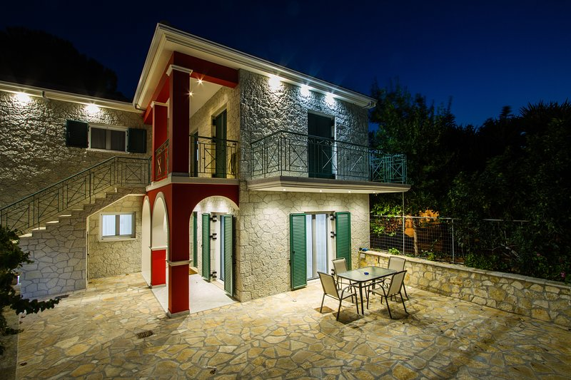 Nijay Apartments No 3 De-lux Size 76 Sq Mtrs, vacation rental in Spartochori