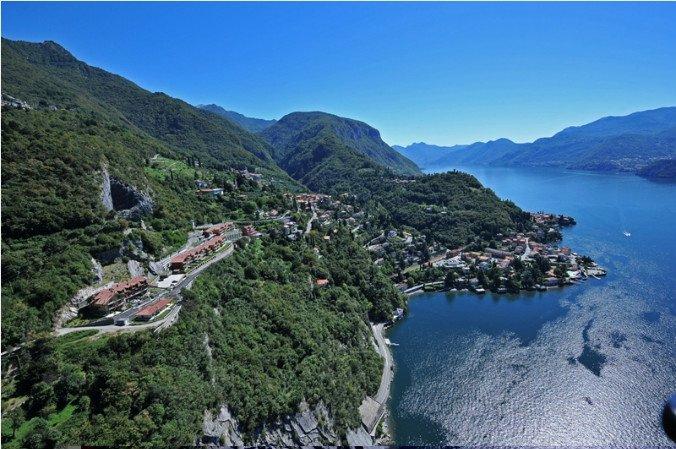 Stunning Lake View Apartment, alquiler de vacaciones en Varenna