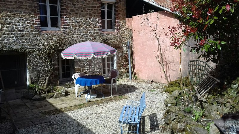 Maison entre le Mont Saint-Michel et Cancale, holiday rental in Roz-sur-Couesnon