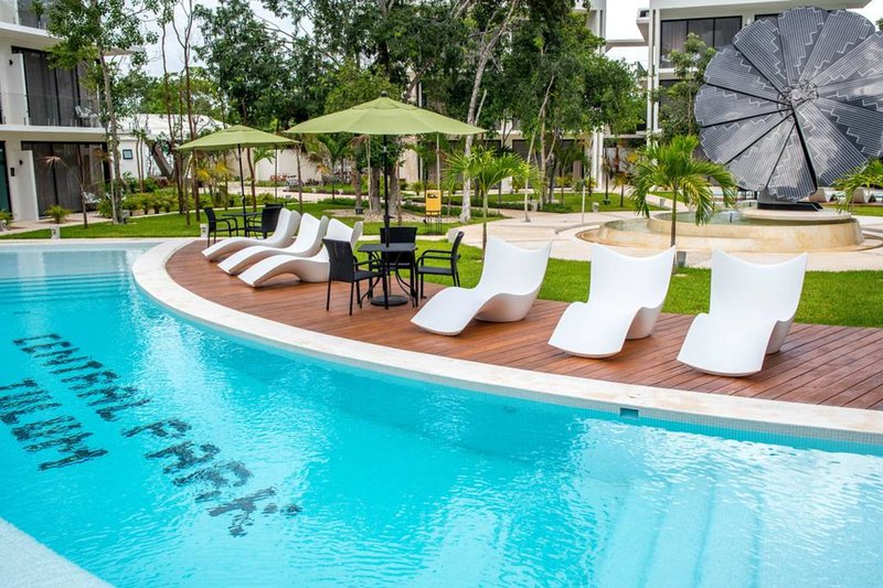 Cozy Studio for Couples ❤ Bikes, Gym, Pool & Beach Club at Central Park!, vacation rental in Tulum