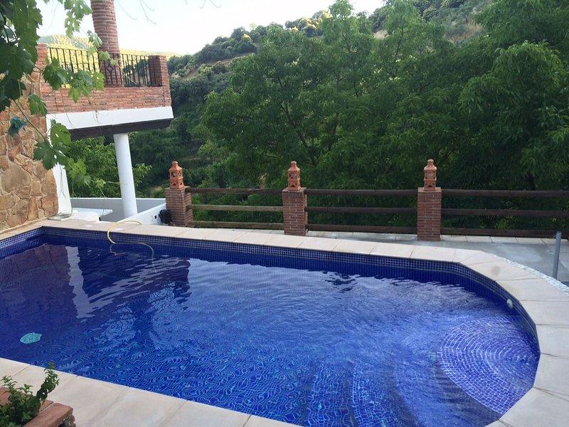 Casa Con Encanto, alquiler vacacional en Alpandeire
